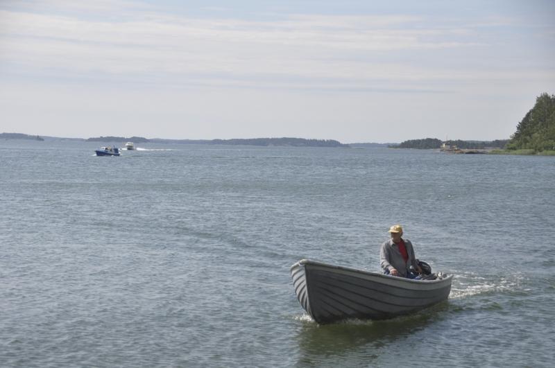 Falköfjärden. Sven-Erik Hellström i förgrunden.