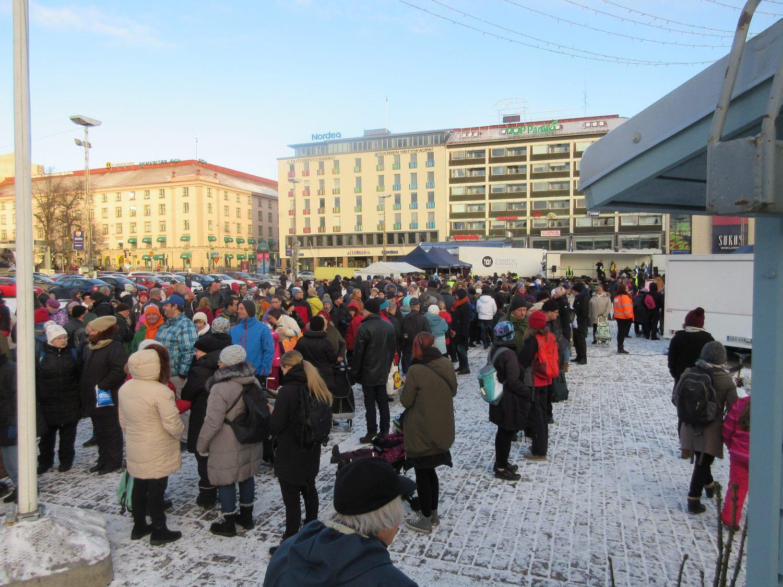 Så här såg det ut i fjol när festen gick av stapeln på salutorget i Åbo.  Foto  Jari Niemelä 4b249c2e3e21c