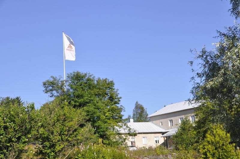Axxells flagga, här vid Brusabys kanslihus