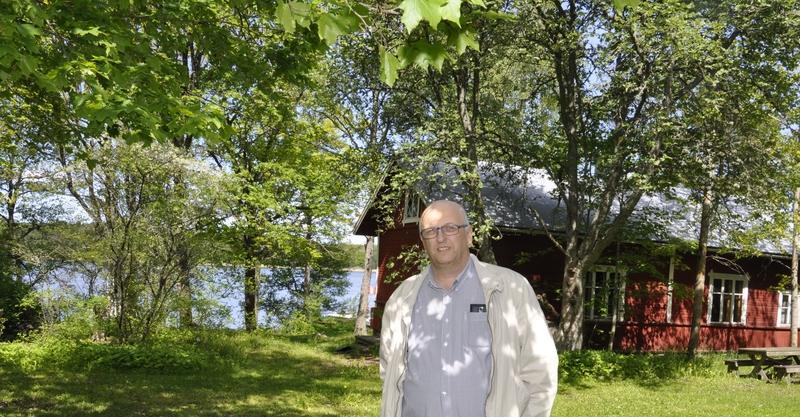 Kalevi Kallonen på Eknäs campingområdet.