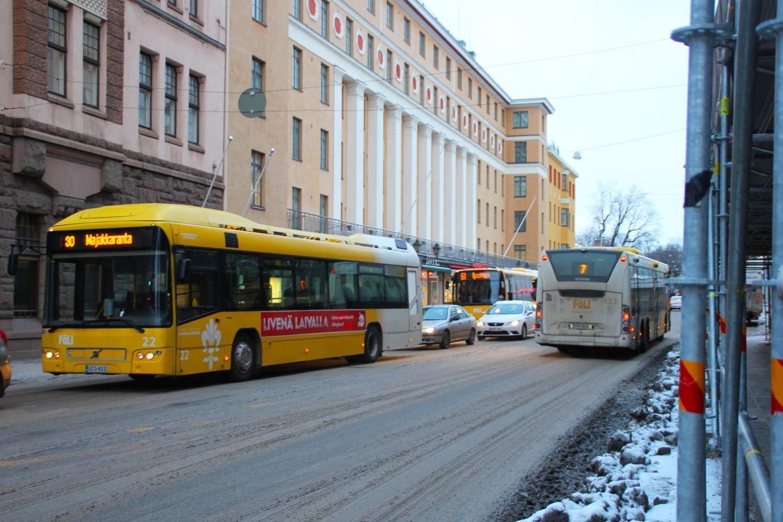 Konsult: Åbo klarar sig utan spårvagnar – bussar med egna körfält räcker