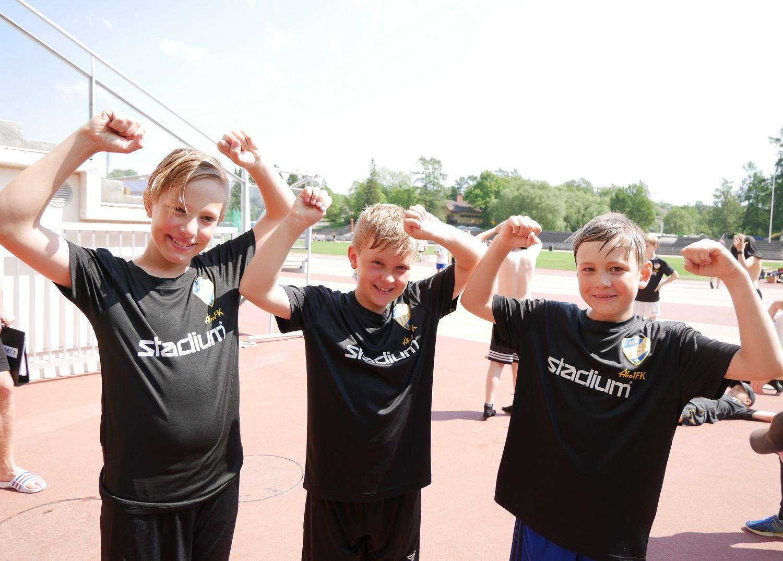 Jaakko Arifulla, Casper Iltanen och Rasmus Liesipuro.