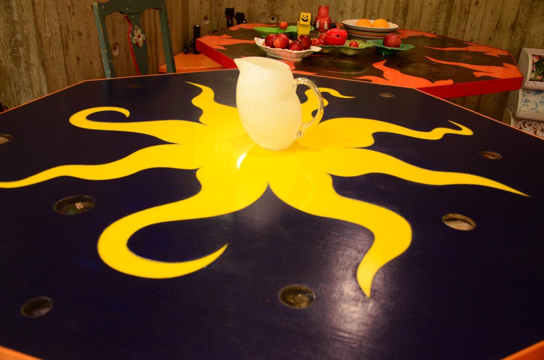 Solbild på köksbord