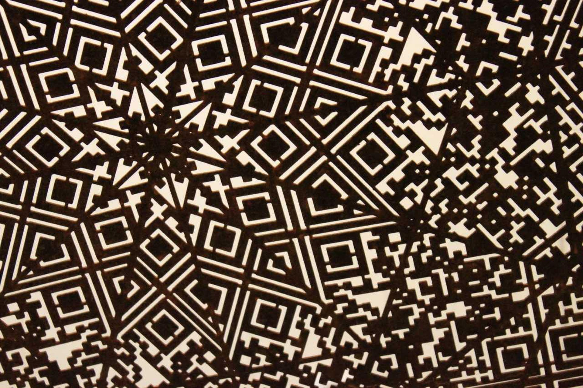 Svartvitt geometriskt konstverk