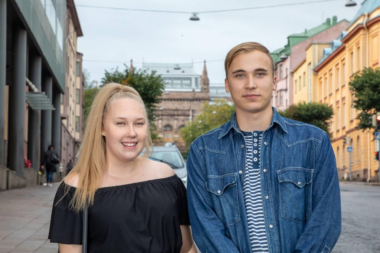 Johanna Pyhtilä och Matias Ponsén är årets Åboflicka och Åbopojke