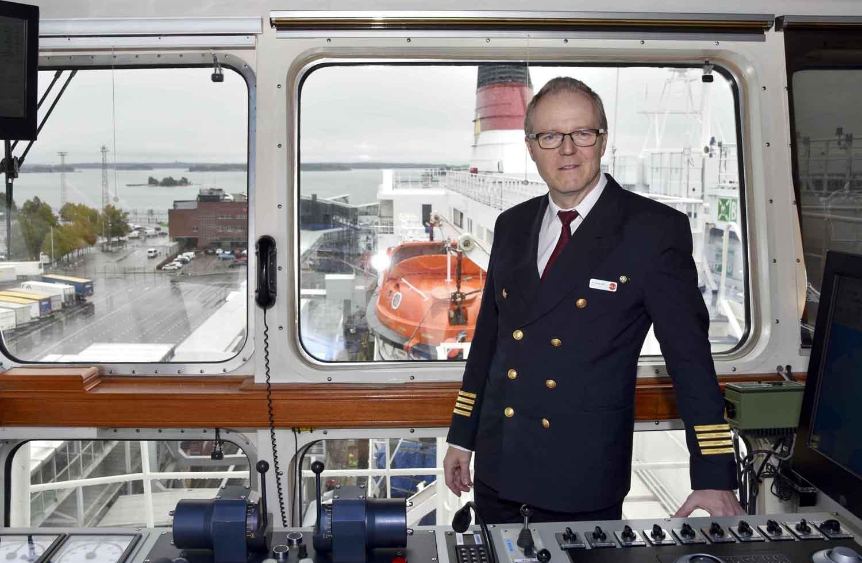 Kapten på fartygsbrygga