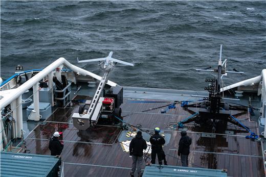 Nya metoder. Under testen utnyttjades det obemannade luftfartyget bland annat i sjöräddningsuppdrag. Det obemannade luftfartyget Scan Eagle skickades iväg på en testflygning från Turva. Under flygningen skulle luftfartyget hitta och identifiera en båt som låg för ankar i ett närbeläget havsområde, en kringdrivande båt, en räddningsdocka som flöt i havet och människor som räddat sig till en holme.