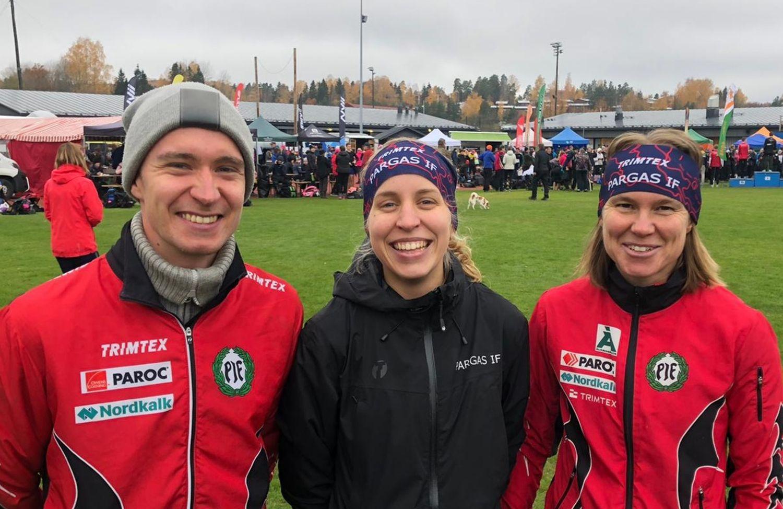 Tre glada idrottare