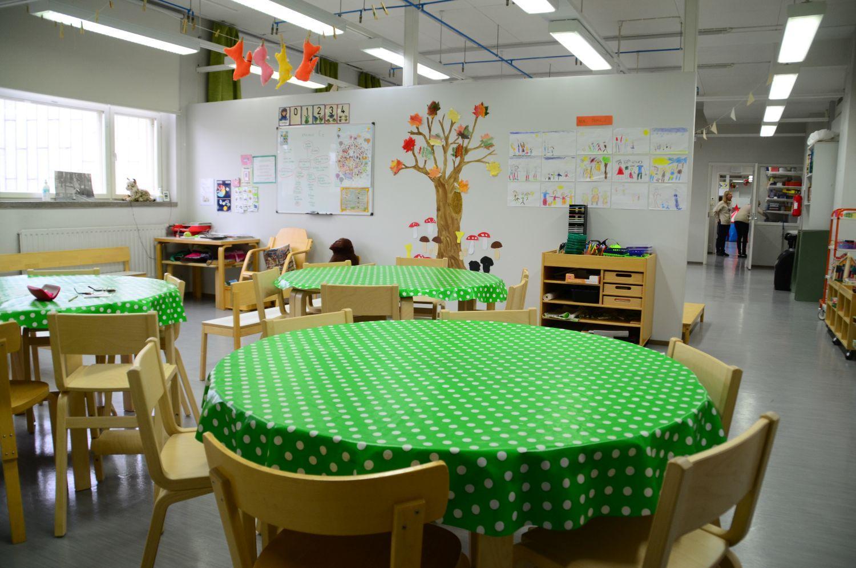 Ett bord i en förskoleklass