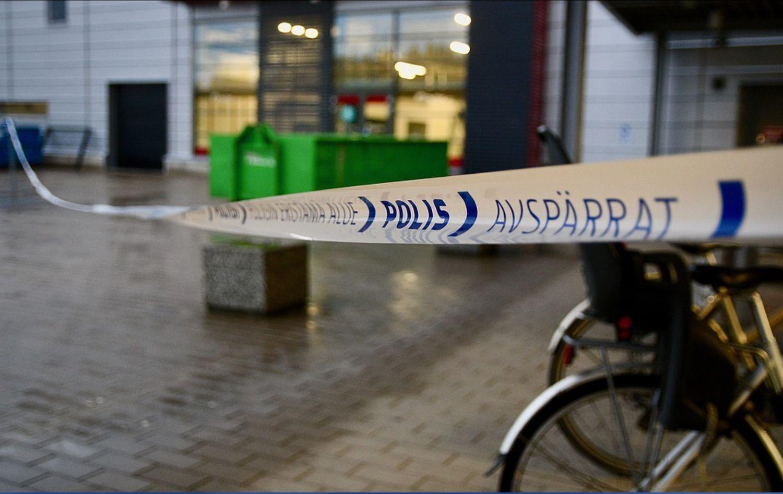 Polisens avspärrat-tejp