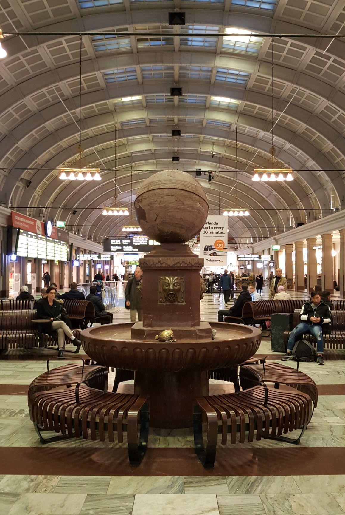 En tågstationshall