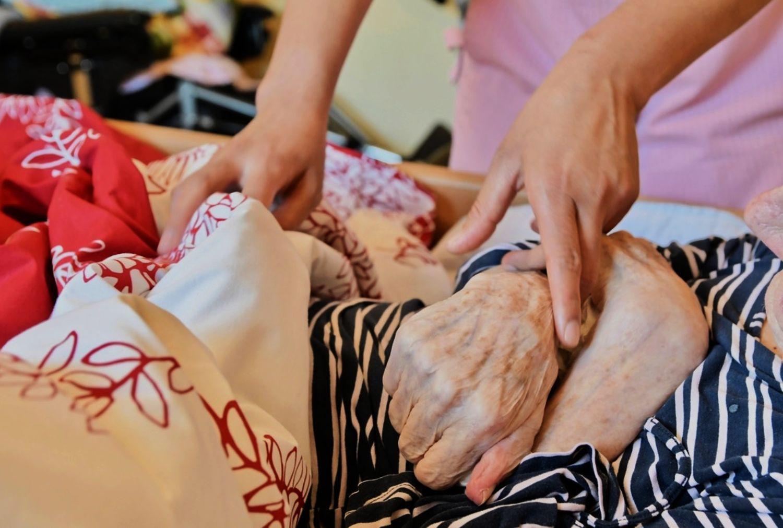 Linnea de la Chapelle/SPT Regeringens proposition om social- och hälsovårdstjänster för äldre får godkänt av rådet för bedömning av lagstiftningen