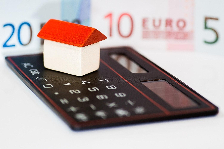 Fickräknare, leksakshus och sedlar
