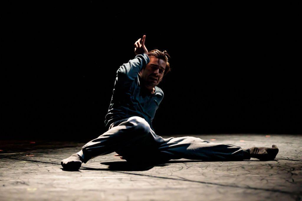 Dansaren och koreografen Kristian Lever föddes i Helsingfors, men 26-åringen har gjort sin karriär utomlands. Nu ska han dansa professionellt i hemlandet för första gången, med premiär i Åbo. Pressbild