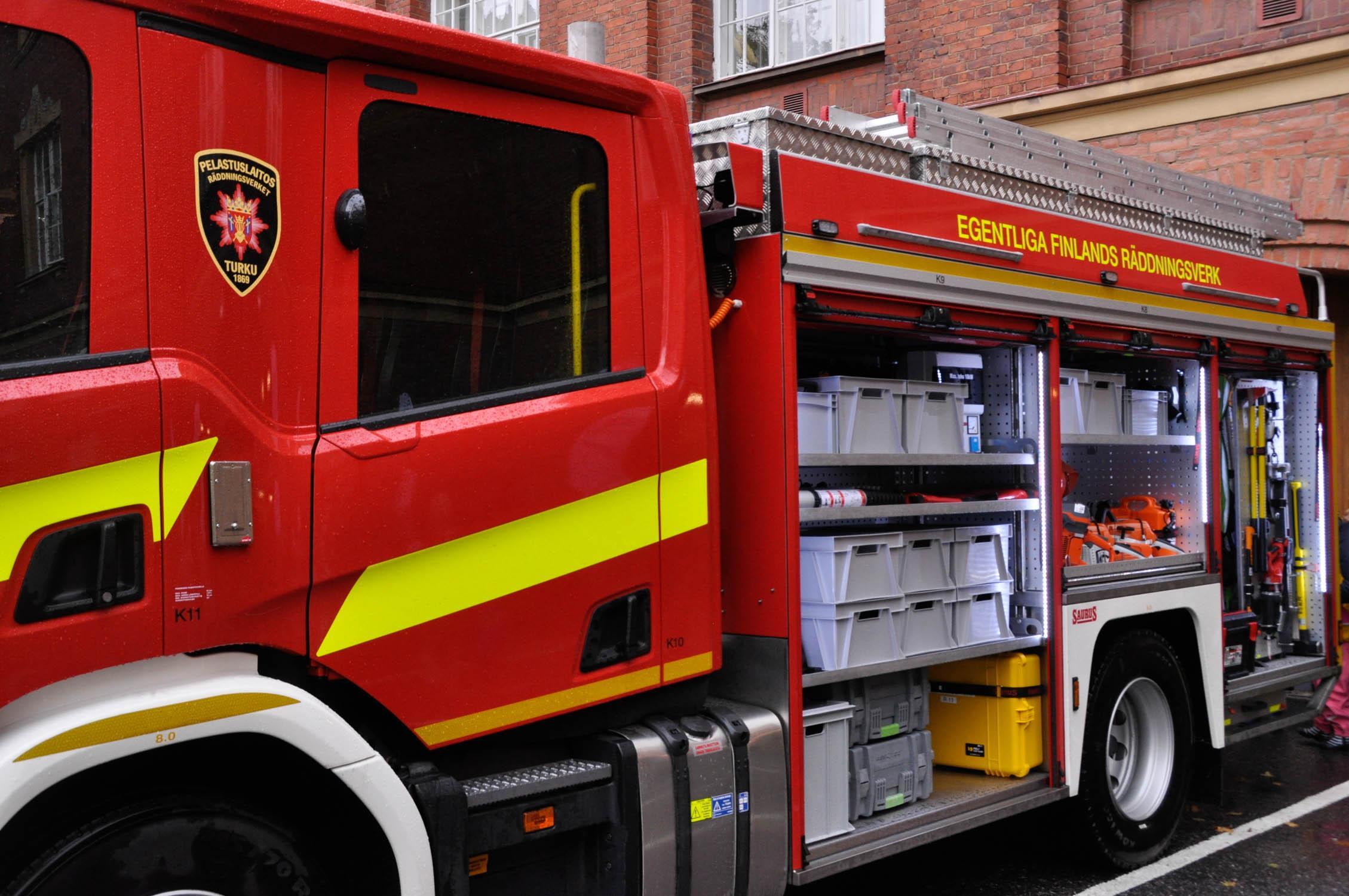 Brandbil på brandstationen i Åbo