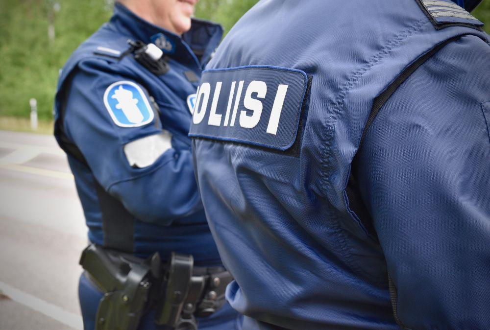 Två polismän