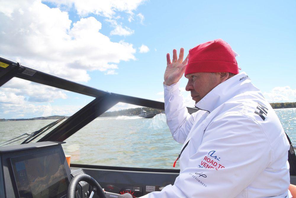 Man i båt
