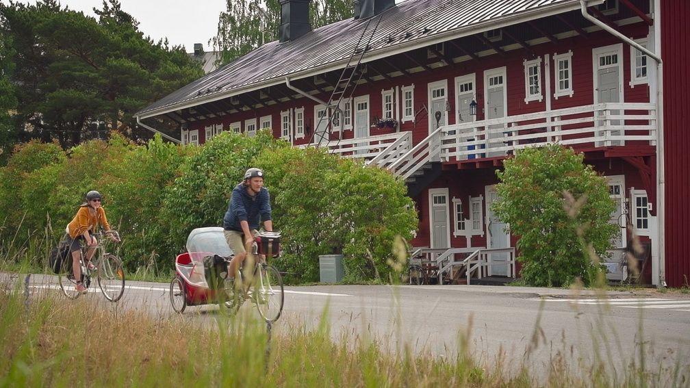 Allt fler cyklar Kustrutten genom Kimitoön  — att hyra cykel har blivit populärt